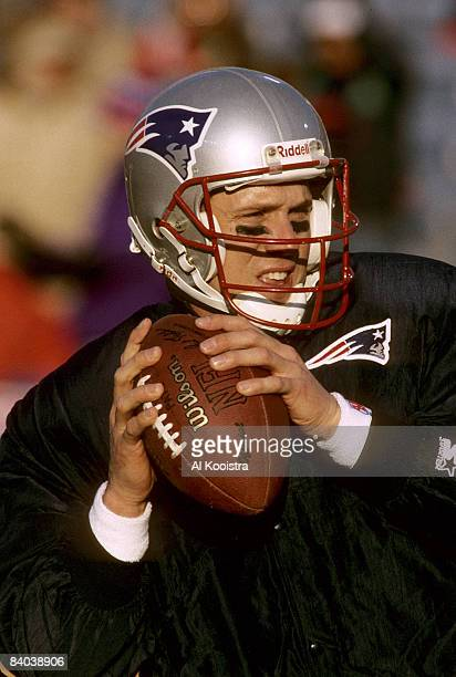 New England Patriots quarterback Drew Bledsoe during the pregame warm up before the Patriots 206 victory over the Jacksonville Jaguars in the 1996...
