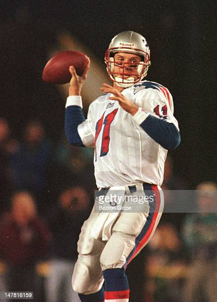 New England Patriots quarterback Drew Bledsoe goes back to pass in the first quarter against the San Diego Chargers