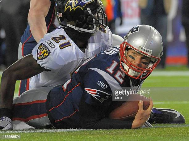 New England Patriots quarterback Tom Brady scores an apparent touchdown on a sneak but upon further review, the touchdown in is reversed. Brady gets...