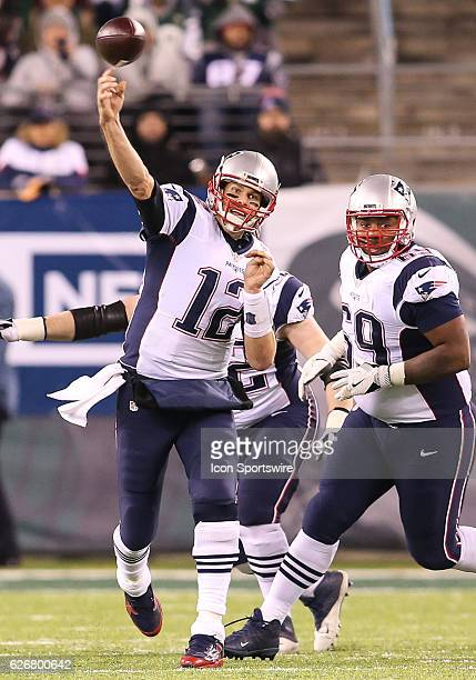 New England Patriots Quarterback Tom Brady throws a pass during the 2nd Half of an NFL football game between the New England Patriots and the New...