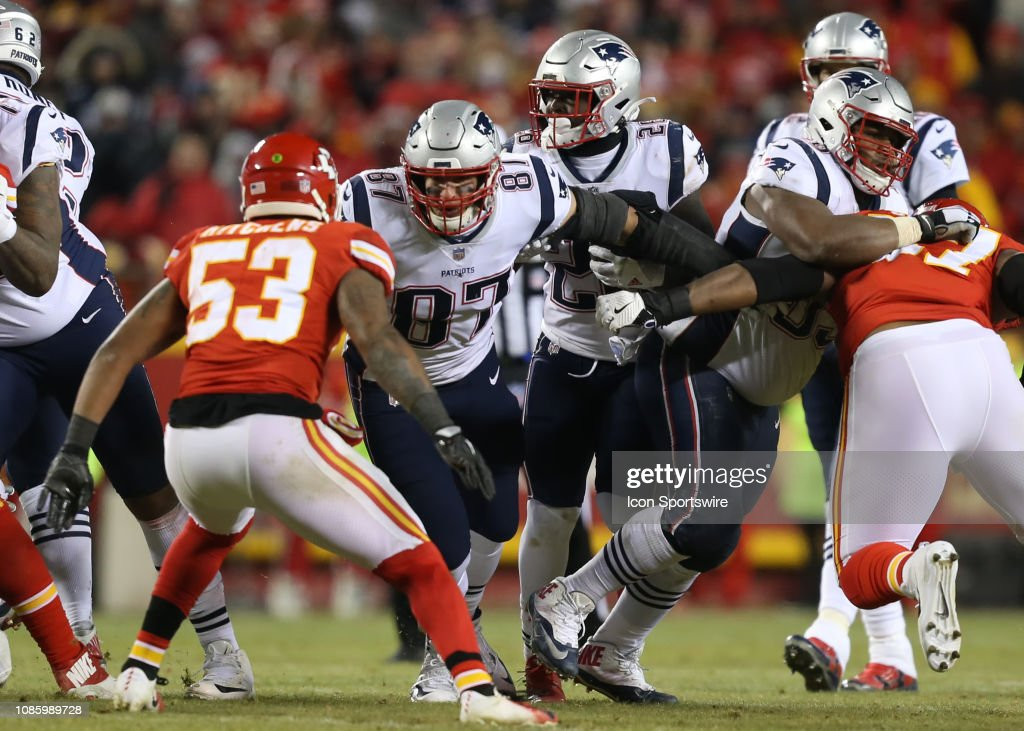 NFL: JAN 20 AFC Championship Game - Patriots at Chiefs : Nachrichtenfoto