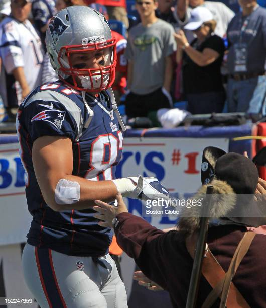 New England Patriots tight end Rob Gronkowski takes the field before the the Patriots play the Arizona Cardinals at Gillette Stadium in the season...
