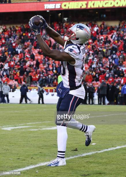 New England Patriots wide receiver Phillip Dorsett catches a ball before the AFC Championship Game game between the New England Patriots and Kansas...