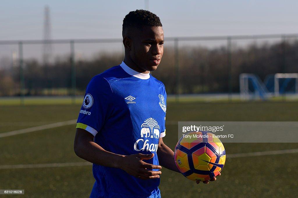 Everton Unveil New Signing Ademola Lookman : News Photo