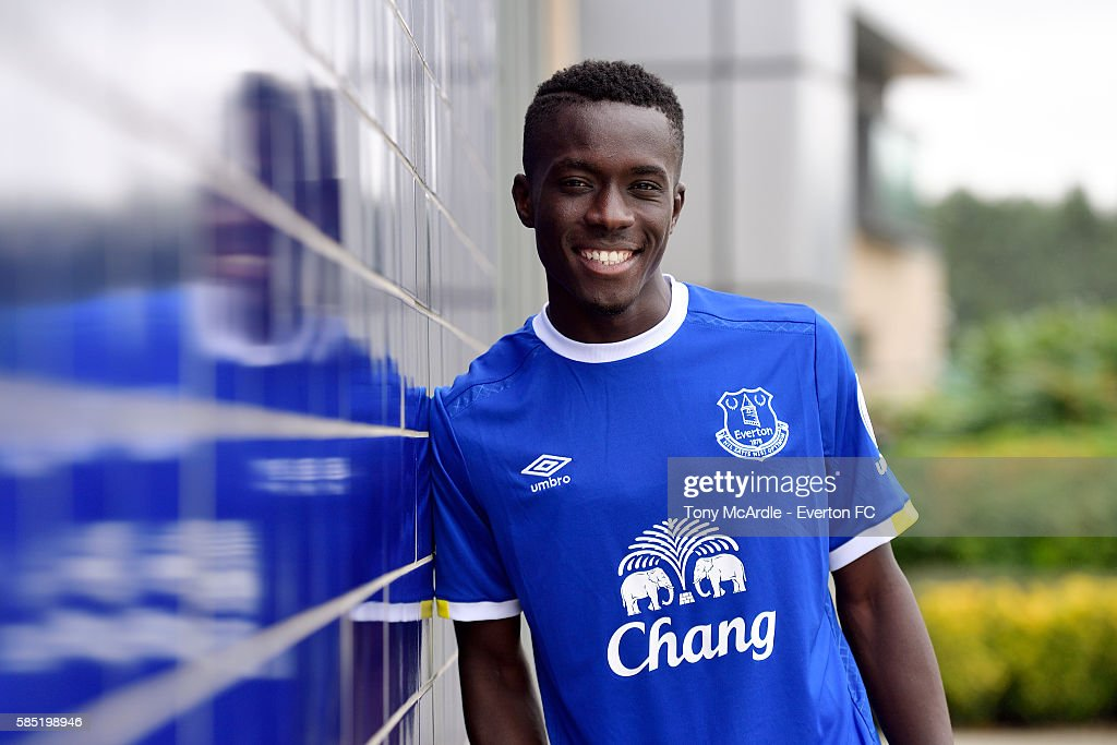 Everton Unveil New Signing Idrissa Gueye : News Photo