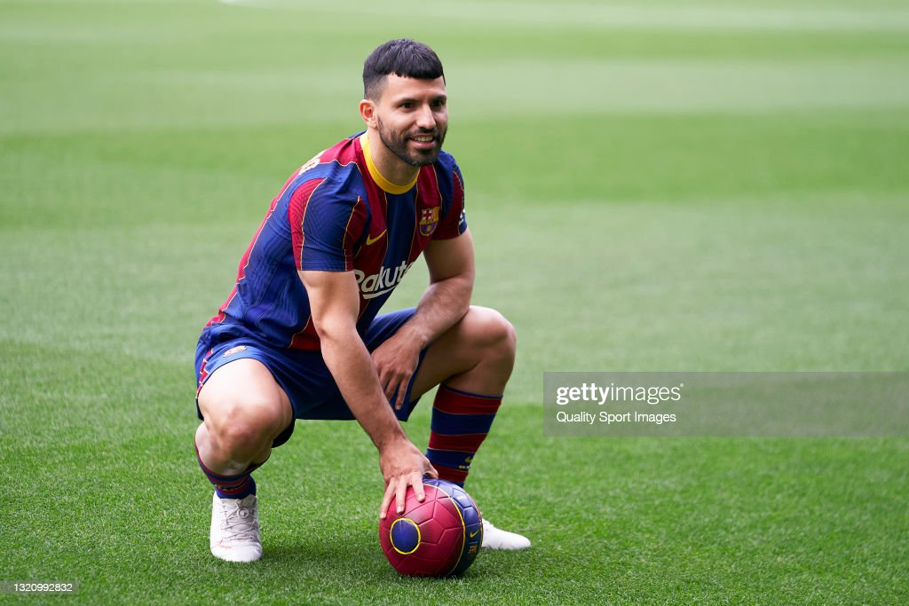 FC Barcelona Sign Sergio Aguero : News Photo