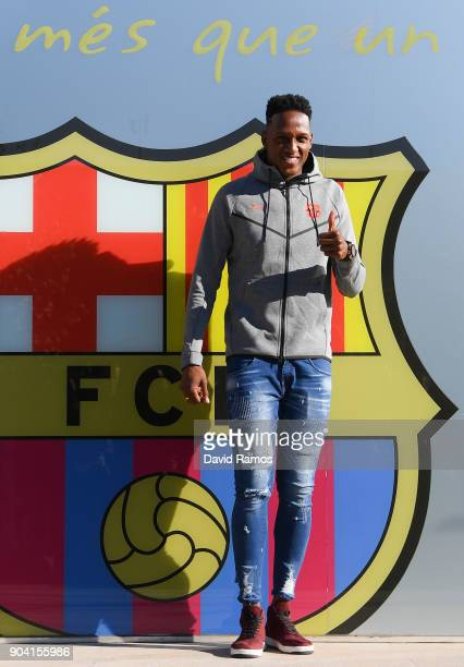 New FC Barcelona signing Yerry Mina poses for the media outside the FC Barcelona headquarters at Nou Camp on January 12 2018 in Barcelona Spain The...