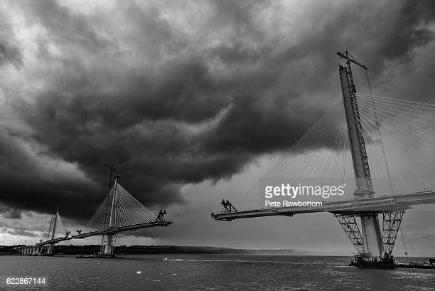 new forth road bridge - incomplete - fife scotland stock pictures, royalty-free photos & images
