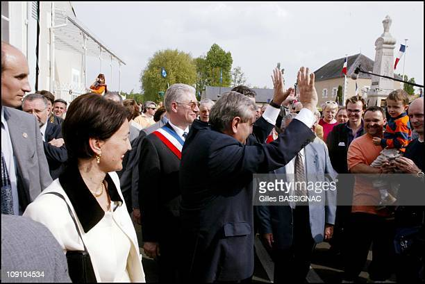 New French Prime Minister Jean-Pierre Raffarin Back To His Native Poitou-Charentes Region On August 5Th, 2002 In Chasseneuil, France. French Prime...