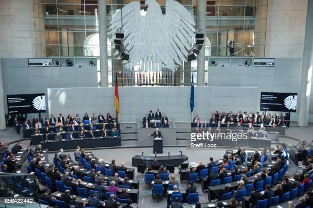 New German President FrankWalter Steinmeier holds a speech after his swearingin ceremony at Bundestag on March 22 2017 in Berlin Germany Steinmeier...