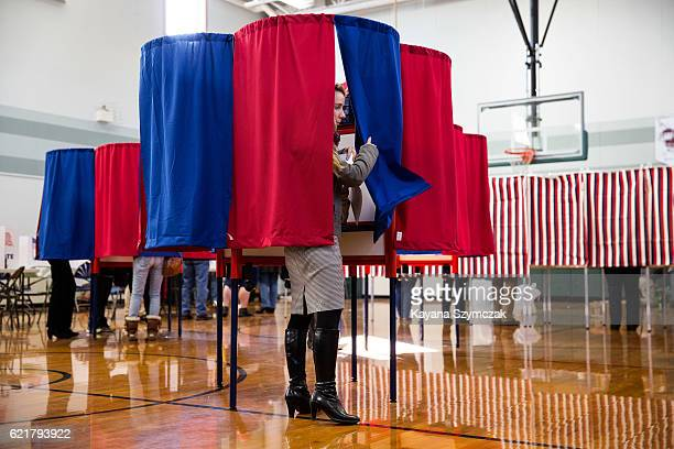 New Hampshire citizens cast their vote at Amherst Street Elementary School on November 8 in Nashua New Hampshire Americans today will choose between...