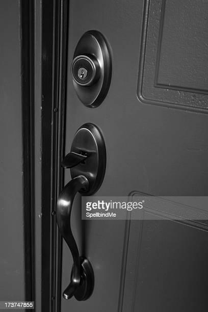 New handle, old door