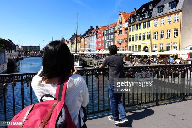 new harbour - nyhavn - nyhavn stock pictures, royalty-free photos & images