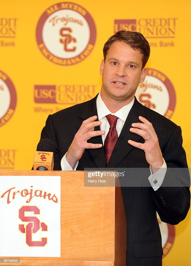 usc introduces lane kiffin press conference photos and images