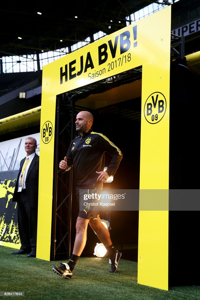 New head coach Peter Bosz welcomes the fans during the Borussia Dortmund Season Opening 2017/18 at Signal Iduna Park on August 4, 2017 in Dortmund, Germany.