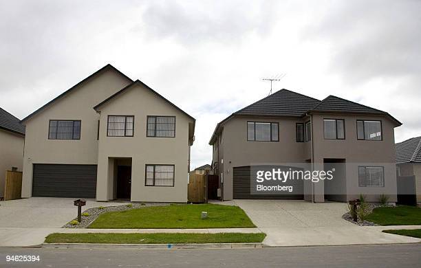 New houses are seen in the Auckland region of Howick New Zealand on Feb 27 2007 New Zealand retail sales unexpectedly gained for a fourth month in...