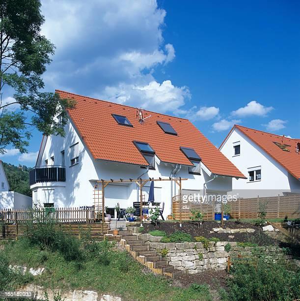 Neue Häuser mit Garten