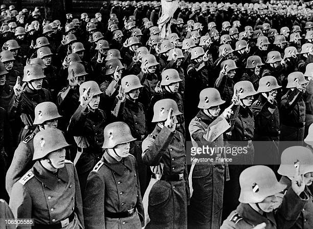 New Inductees Taking The Oath At The Beginning Of Their National Service In A Barracks Of Berlin On August 25 1936On March 16 Hitler Created The...