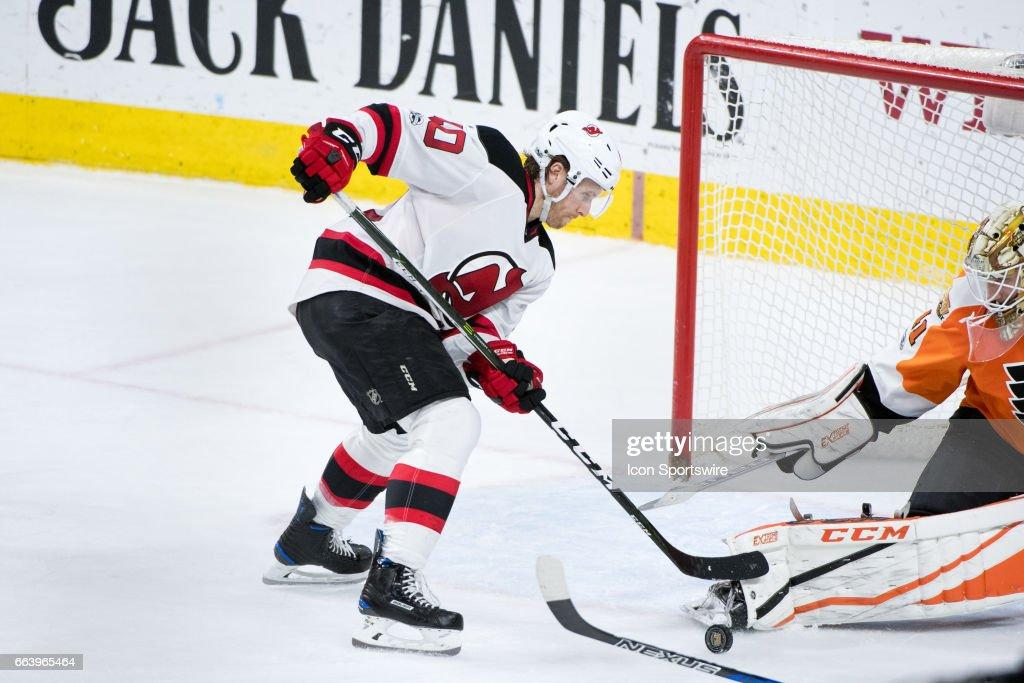 NHL: APR 01 Devils at Flyers : News Photo
