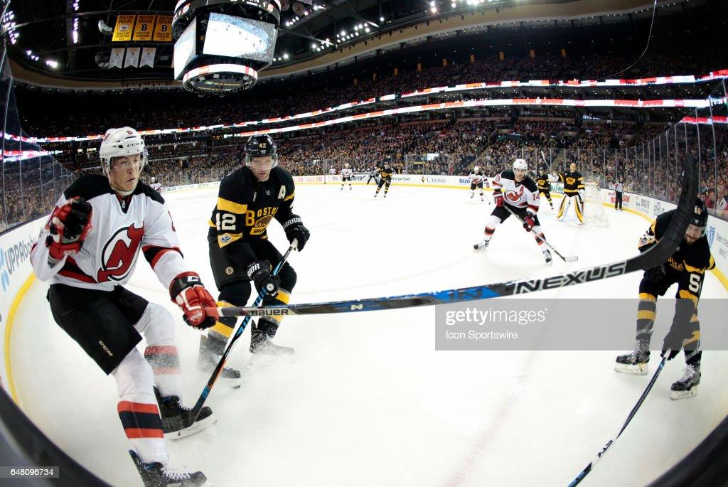 NHL: MAR 04 Devils at Bruins : News Photo