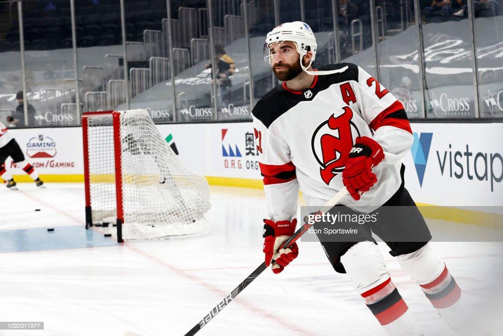 NHL: MAR 28 Devils at Bruins : News Photo