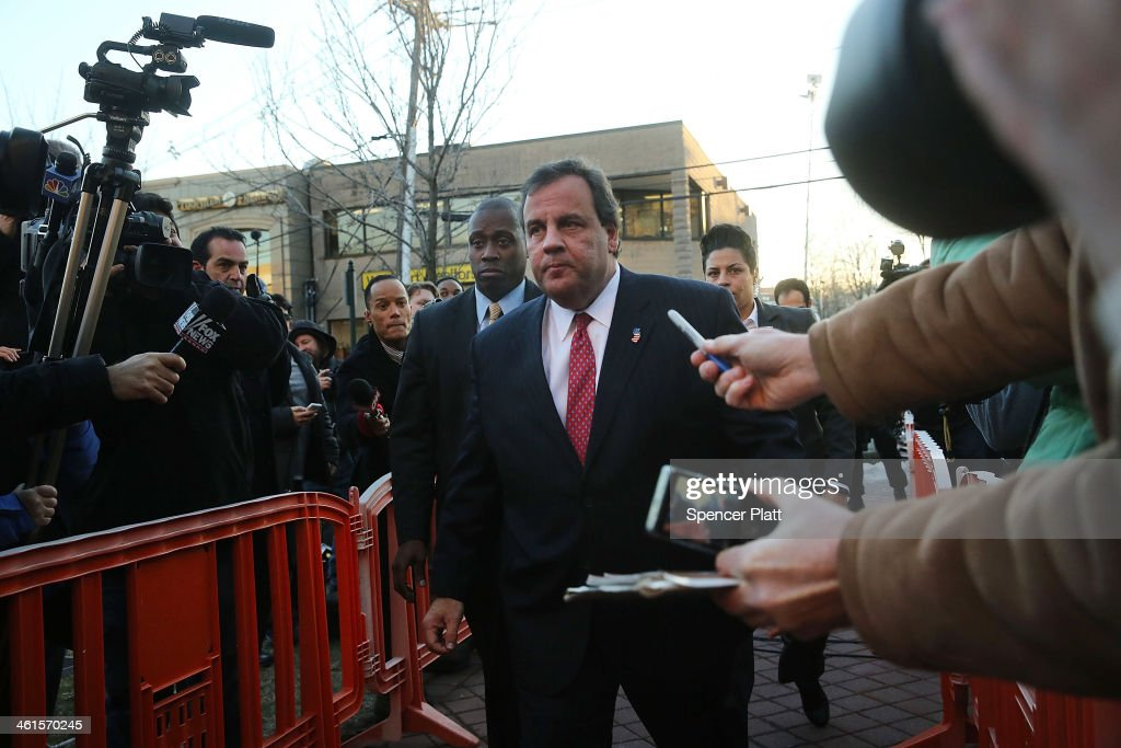 New Jersey Gov. Chris Christie enters the Borough Hall in Fort Lee to apologize to Mayor Mark Sokolich on January 9, 2014 in Fort Lee, New Jersey. According to reports Christie's Deputy Chief of Staff Bridget Anne Kelly is accused of giving a signal to the Port Authority of New York and New Jersey to close lanes on the George Washington Bridge, allegedly as punishment for the Fort Lee, New Jersey mayor not endorsing the Governor during the election.