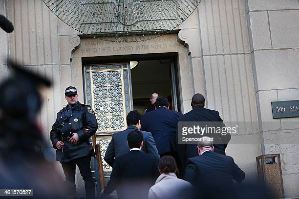 New Jersey Gov Chris Christie enters the Borough Hall in Fort Lee to apologize to Mayor Mayor Mark Sokolich on January 9 2014 in Fort Lee New Jersey...