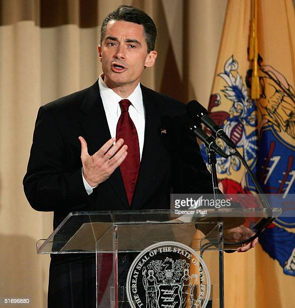 New Jersey Governor James McGreevey delivers a farewell speech to the state a week before he leaves office November 8 2004 in Trenton New Jersey...