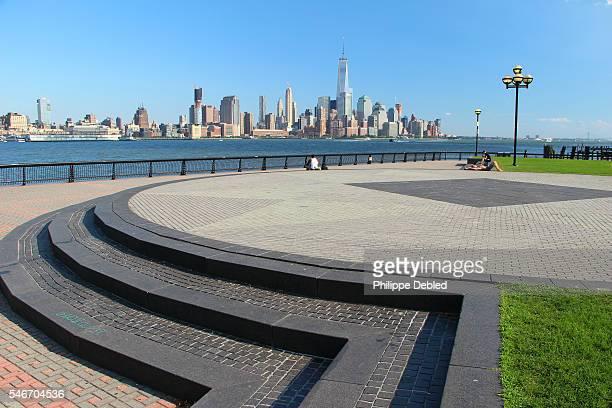 USA, New Jersey, Hoboken, Lower Manhattan skyline as seen from Pier A Park