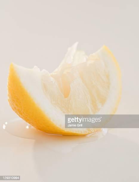 USA, New Jersey, Jersey City, Close up of slice of lemon