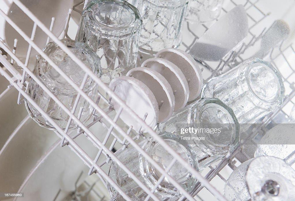 USA, New Jersey, Jersey City, Crockery in dishwasher : Stock Photo