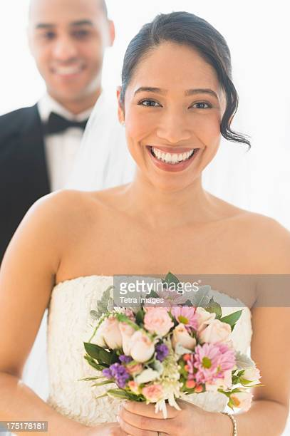 USA, New Jersey, Jersey City, Portrait of happy newlywed couple