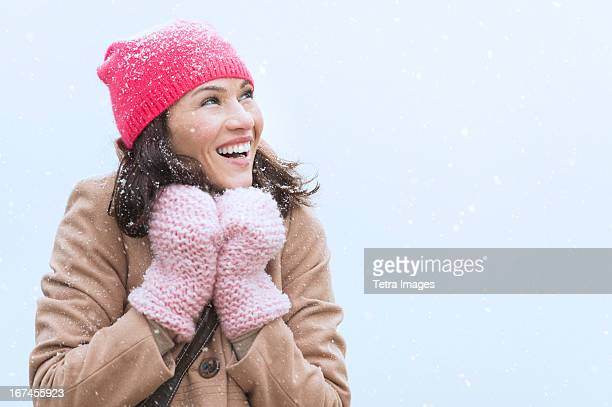 USA, New Jersey, Jersey City, Portrait of woman in winter clothes
