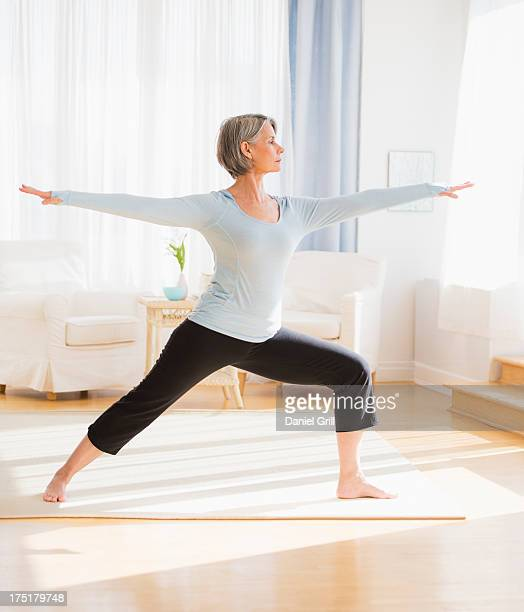 USA, New Jersey, Jersey City, Portrait of woman practicing yoga