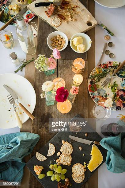 usa, new jersey, jersey city, table after party - messy table after party stock pictures, royalty-free photos & images