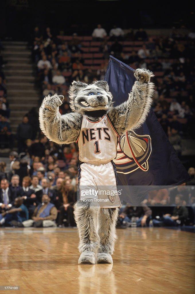detailed look 6b8f0 e0311 New Jersey Nets mascot