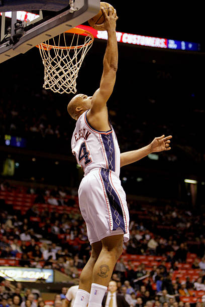 New Jersey Nets  Richard Jefferson scores against Toronto Raptors in the  first half at the d9e572c3e