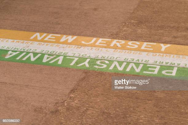 usa, new jersey, pennsylvania state line - us state border stock photos and pictures