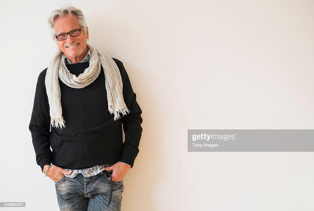 USA, New Jersey, Portrait of fashionable senior man : Foto de stock