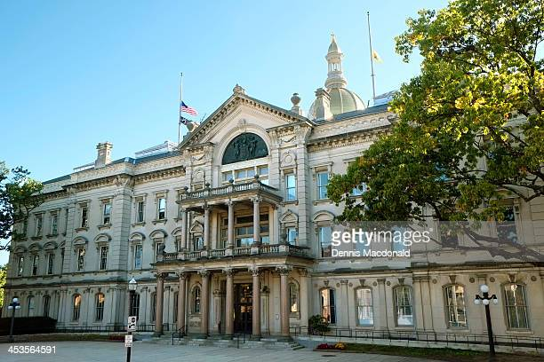 new jersey state capitol building - trenton new jersey stock photos and pictures