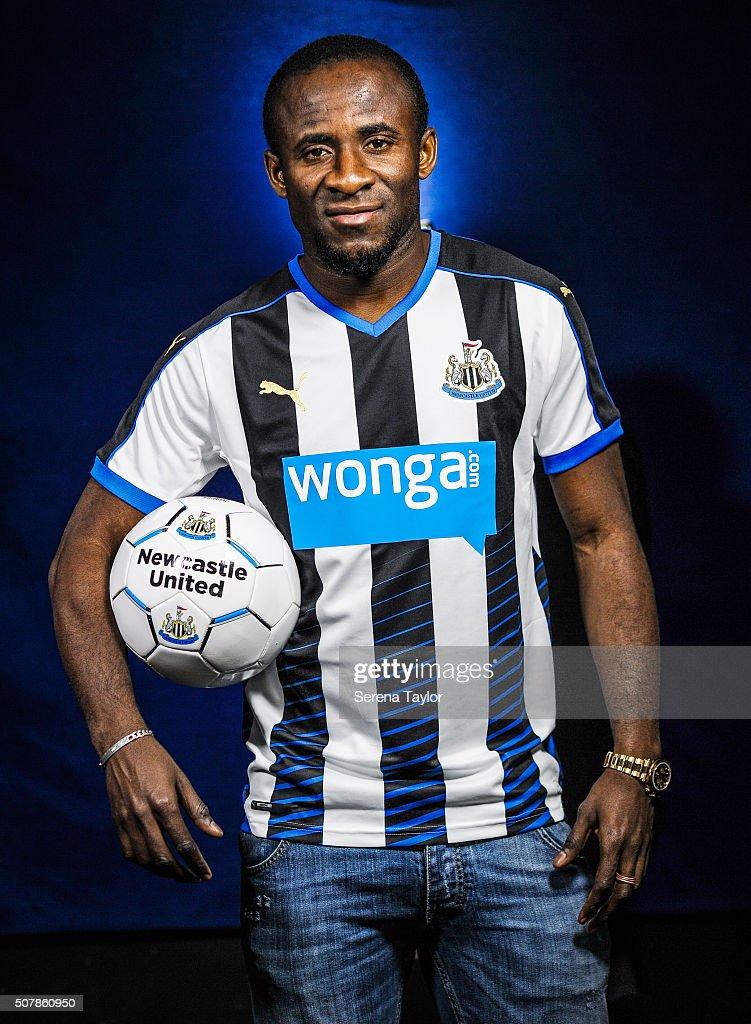 Newcastle United Unveil New Loan Signing Seydou Doumbia : News Photo