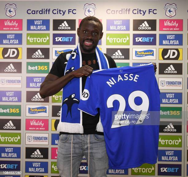 New loan signing Oumar Niasse No 29 of Cardiff City is unveiled on January 18, 2019 in Cardiff, Wales.