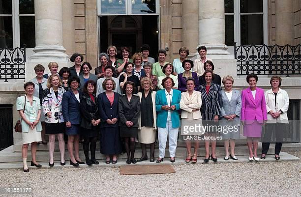 New Look At The Assembly Women Mps 32 des nouvelles députées ont accepté de poser pour Paris Match Les femmes n'ont jamais été aussi nombreuses à...