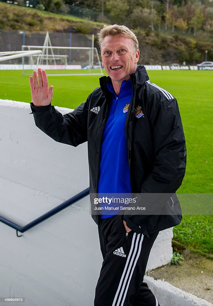 New manager David Moyes oversees a Real Sociedad training session at the Zubieta training ground on November 13, 2014 in San Sebastian, Spain.