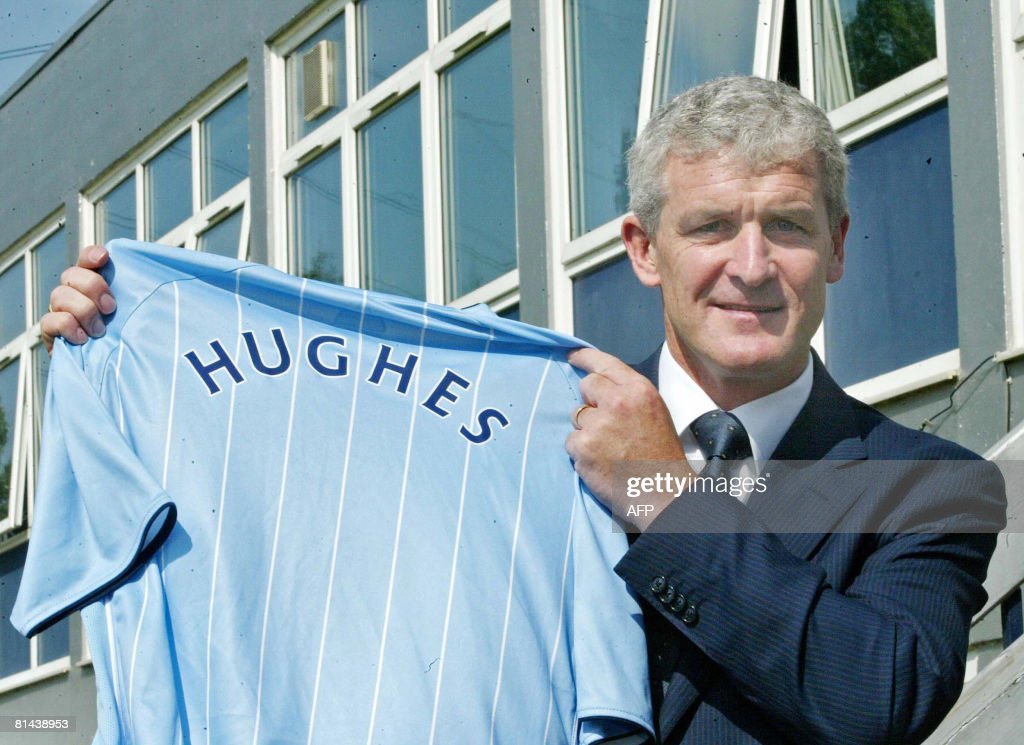 New Manchester City Manager Mark Hughes : News Photo