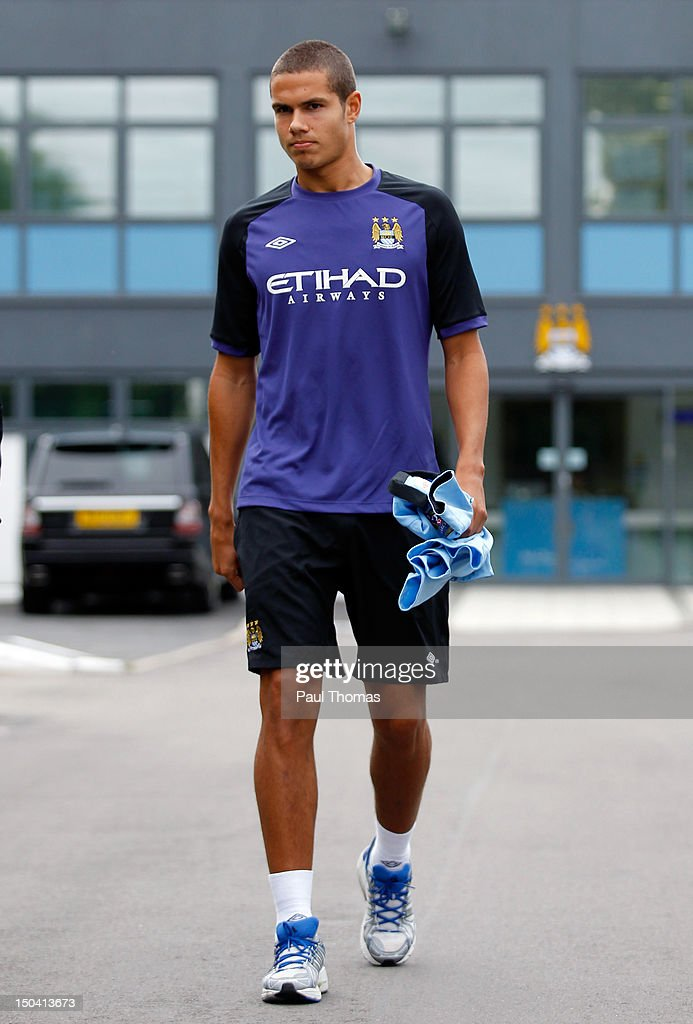 New Manchester City player Jack Rodwell arrives ahead of the press conference at the MCFC Carrington Training Complex on August 17, 2012 in Manchester, England.