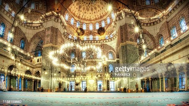 new mosque eminonu istanbul turkey - salah islamic prayer stock pictures, royalty-free photos & images