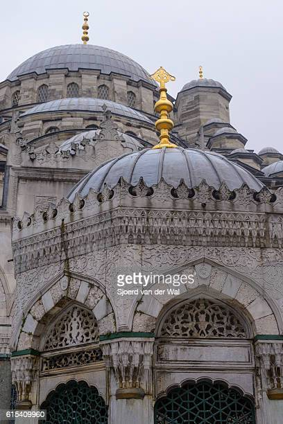 "new mosque (yeni cami) in istanbul, turkey - ""sjoerd van der wal"" stock pictures, royalty-free photos & images"