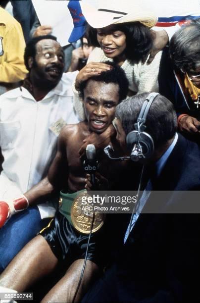 Juanita Wilkinson Sugar Ray Leonard Howard Cosell at Superdome Nov 25 1980