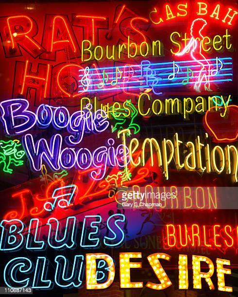 new orleans businesses neon signs - barrio francés fotografías e imágenes de stock